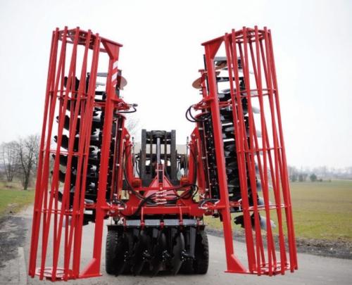 """Agregat Talerzowy DHAF 4.5 m Hydrauliczny """"AGROFART"""""""